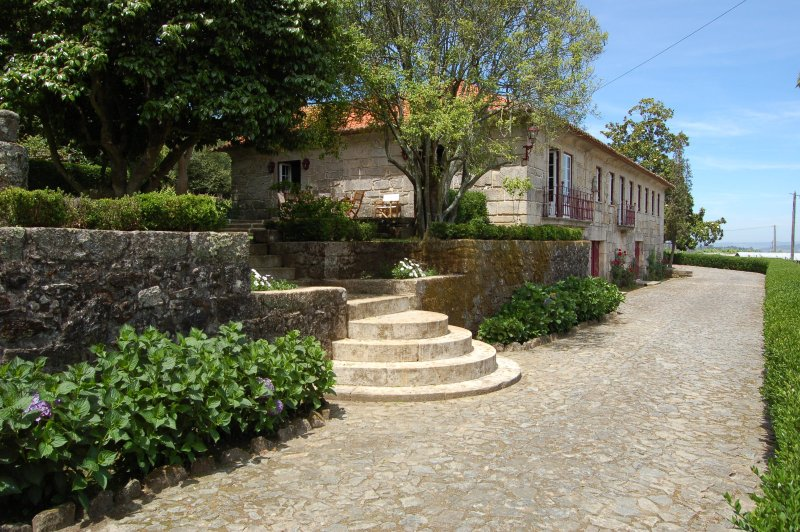 Charming property with private pool, holiday rental in Santo Tirso