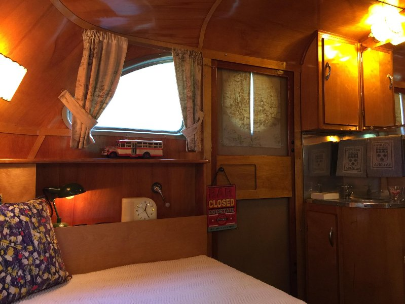 The Spartan 1948: The Bedroom and its double bed for 2 guests.
