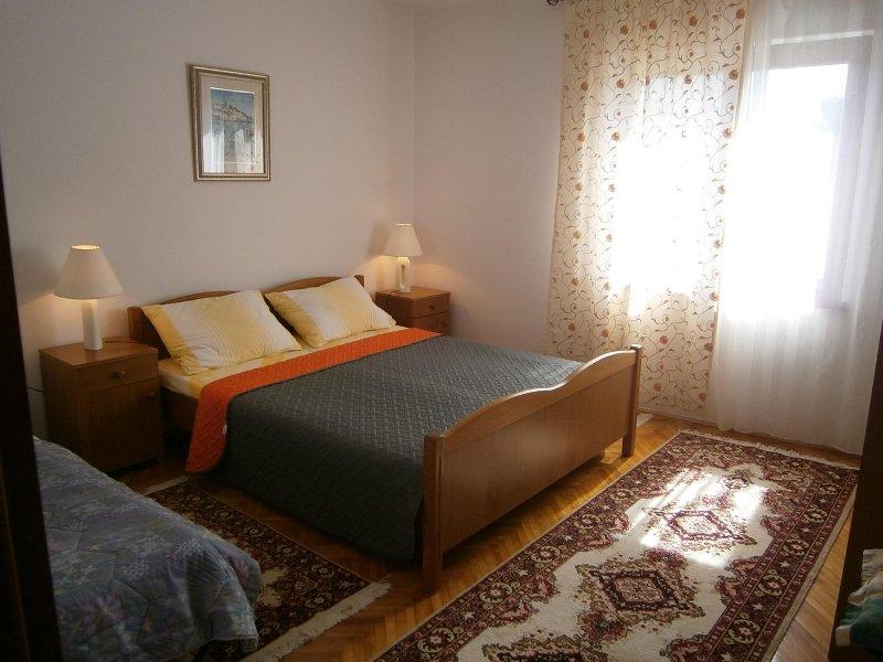 Spavaća soba 1 sa pomoćnim ležajem