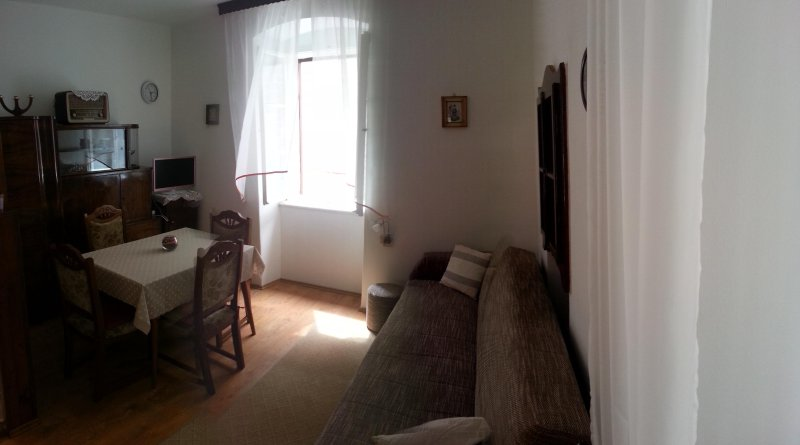 Old House, vacation rental in Kastel Novi