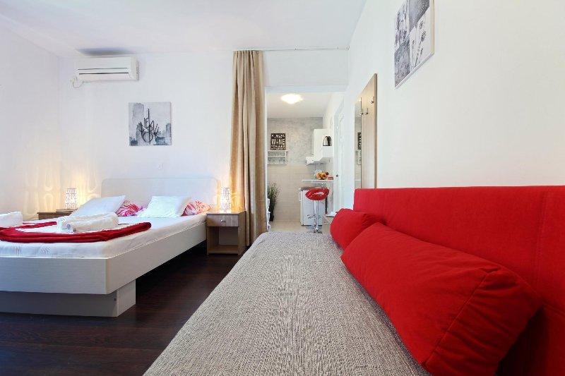 Schlafzimmer No.1