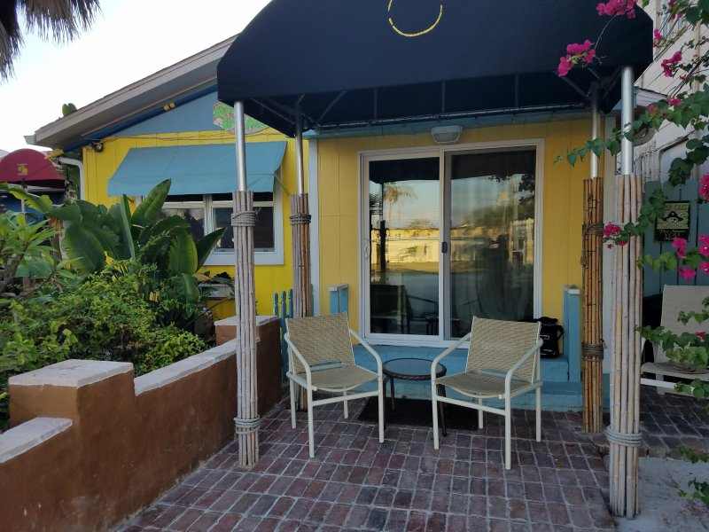 Lemon Cottage Has Private Brick Patio And Awning