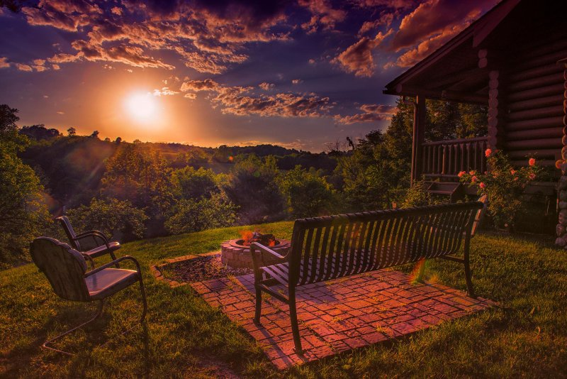 Awesome sunset views at Eagle View Retreat