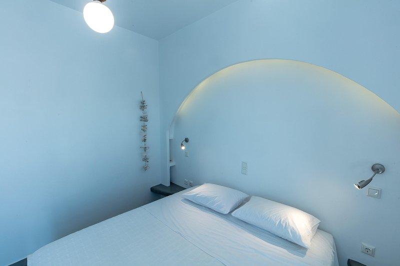 Anna's Apartment, vacation rental in Kamari