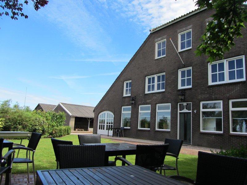 vakantiehoeve de Berghegge (16 personen), vacation rental in Liempde