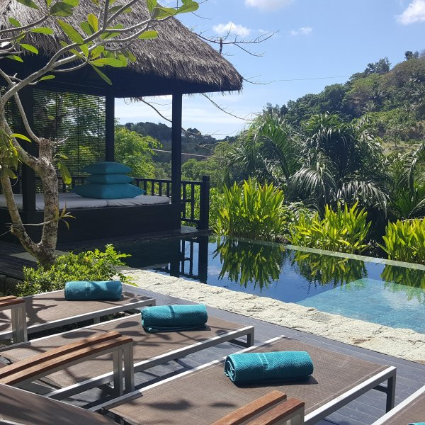 PHUKET POOL VILLA FOR UP TO 12 GUESTS, holiday rental in Phuket Town