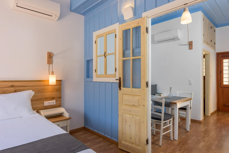 Deluxe Apartment with Private Veranda and Sea View D, holiday rental in Symi