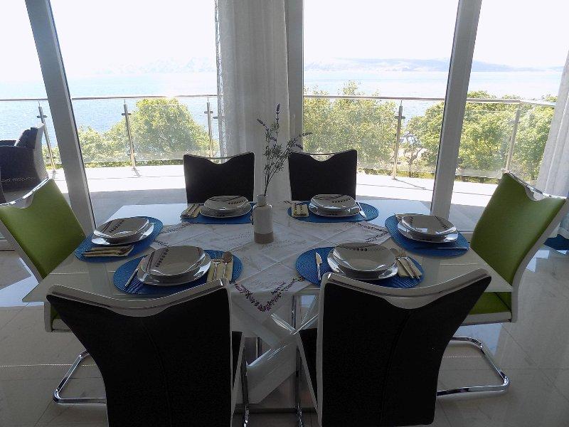 Apartment Puntica 6+2, casa vacanza a Povile
