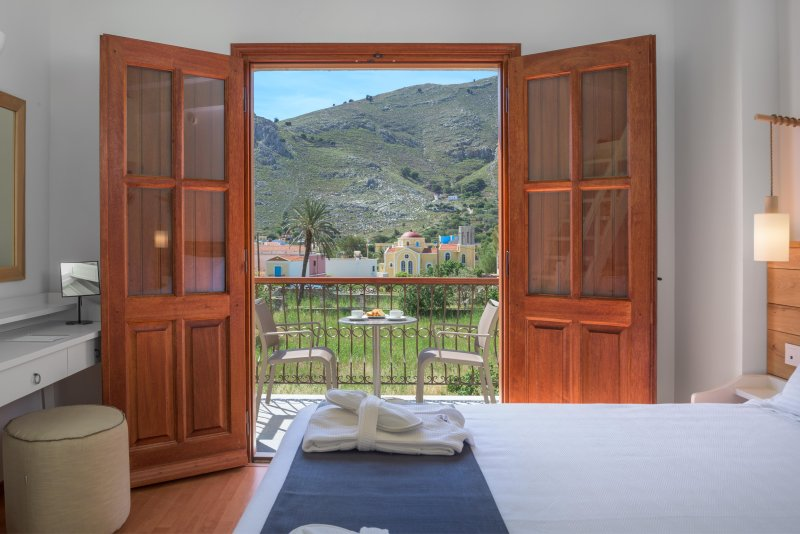 Family Apartment with Sea View D, holiday rental in Symi