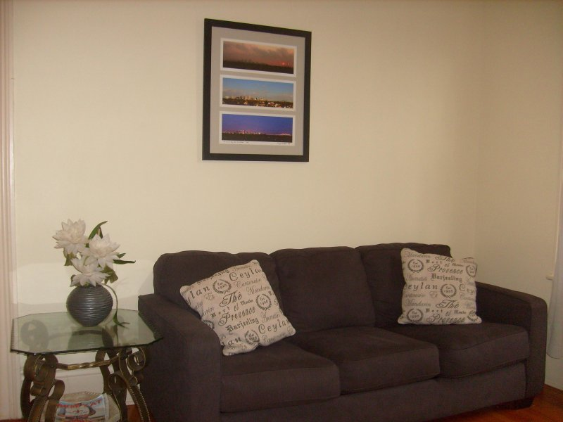 Relax in our spacious one bedroom in the lovely Garden District
