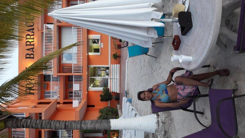 Norma para os Barracudas clube de praia ao lado