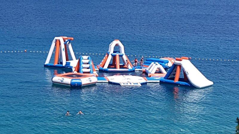 Aqua Park - na praia (50 m do apartamento)