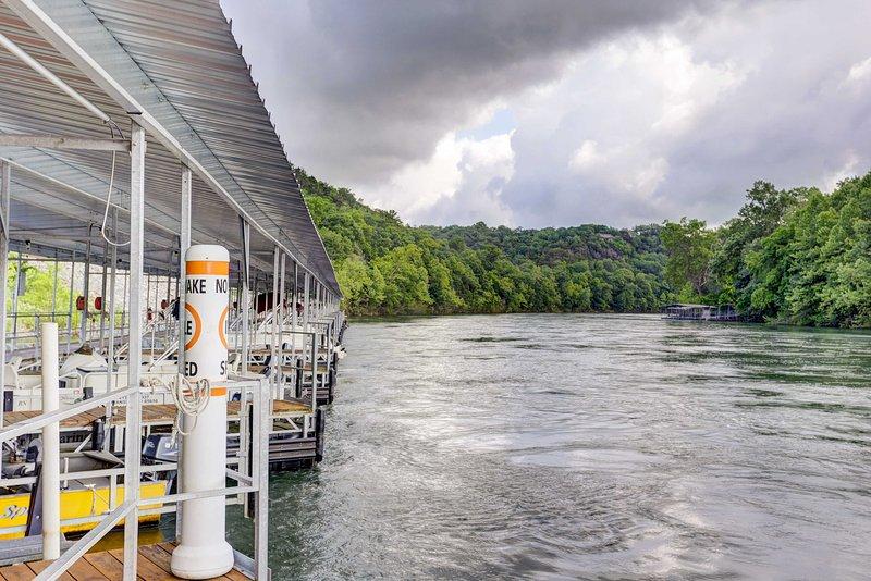 Alquiler de barcos aseguran emocionantes aventuras Branson alquiler de vacaciones!