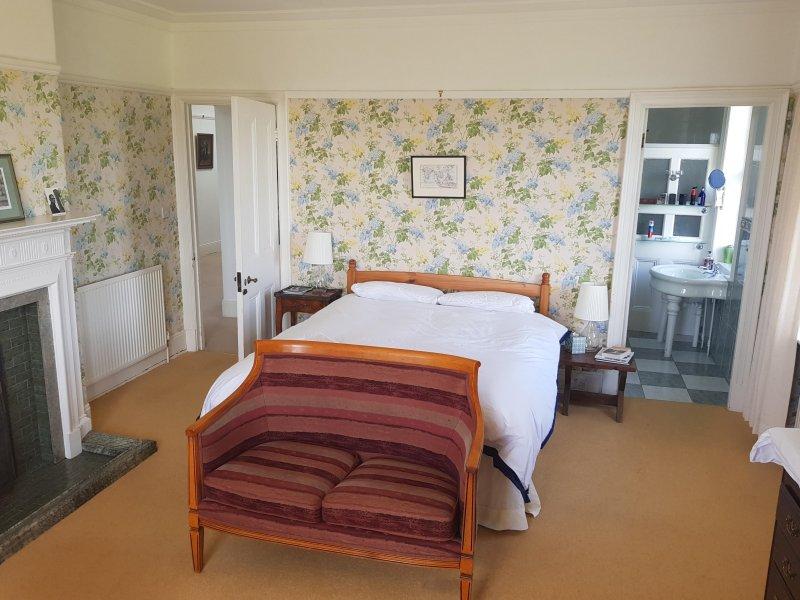 """""""Schönes, großes Zimmer und bequeme Betten"""""""