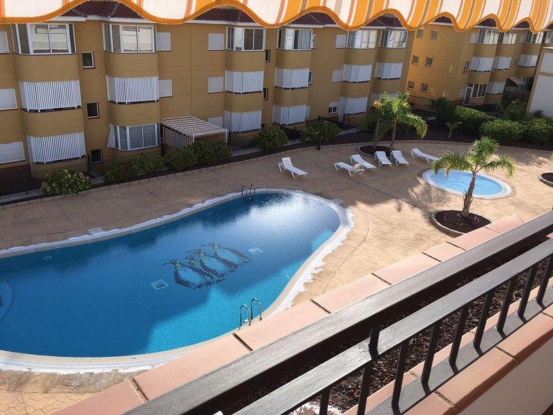 Bright 1 bed apartment inPuerto De Santiago PA113, aluguéis de temporada em Los Gigantes