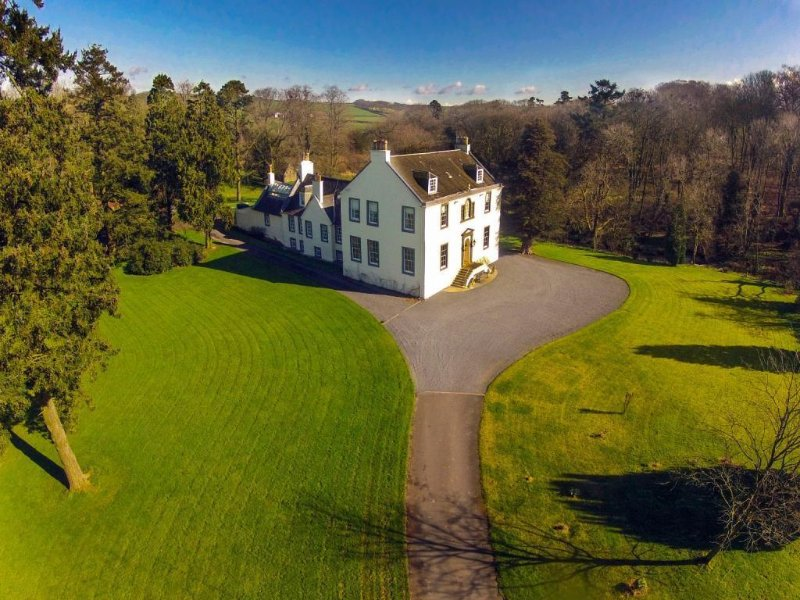Kennox House set in 20 Acres of grounds and woodlands