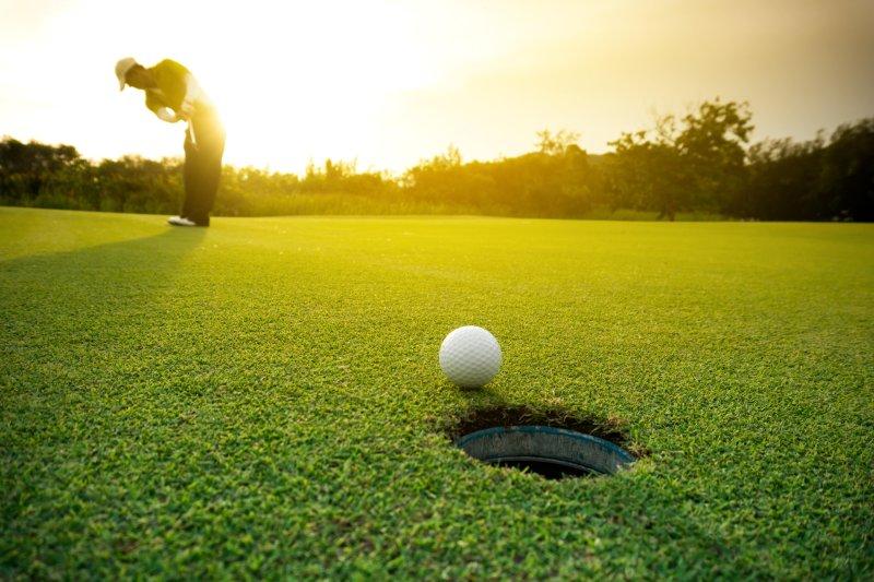 Golf Club in Dackenheim is 8 minutes.
