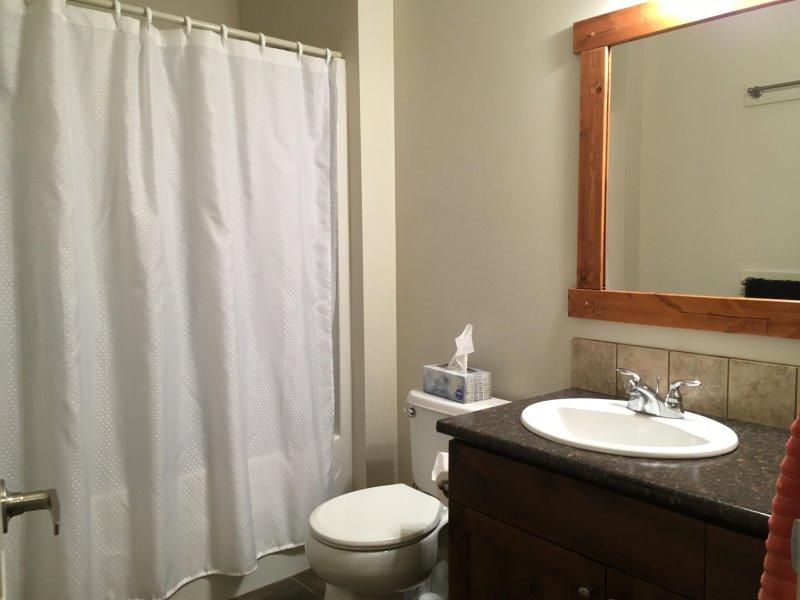 Baño principal completo