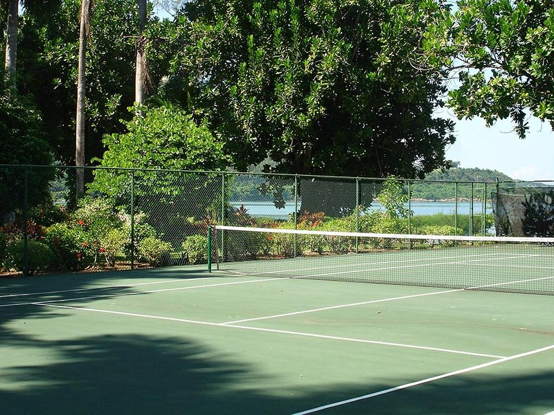 Play tennis and shoot hoops.  Serenity and Tranquillity share the tennis court (balls, rackets and basketball provided).