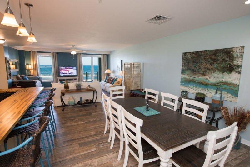 Oven,Indoors,Kitchen,Room,Chest