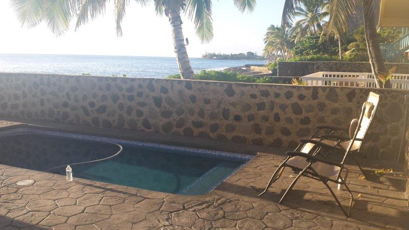 Nuotate nella piscina o rilassarsi in riva al mare i panorami sono spettacolari.