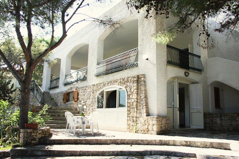 Villa con vista mare su Gallipoli, casa vacanza a Santa Caterina