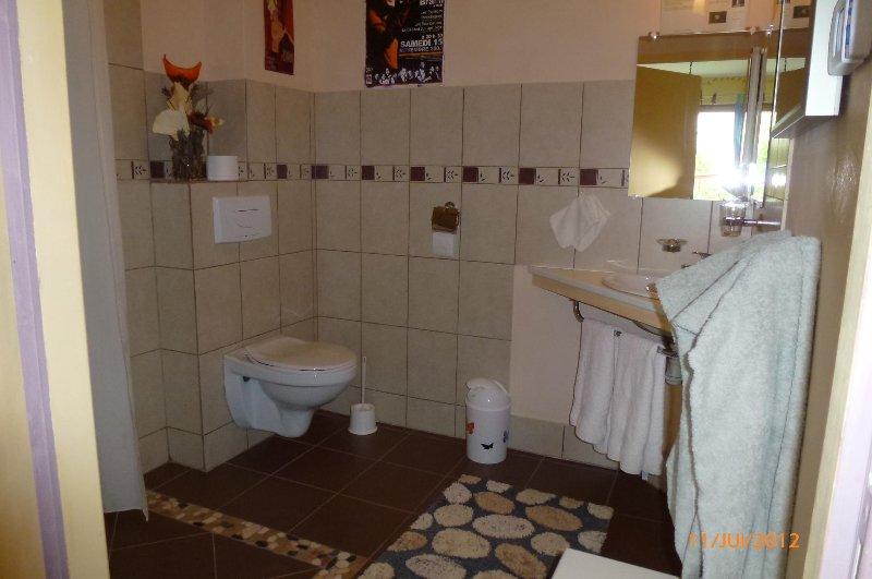 Cabinet toilette chambres Suzanne