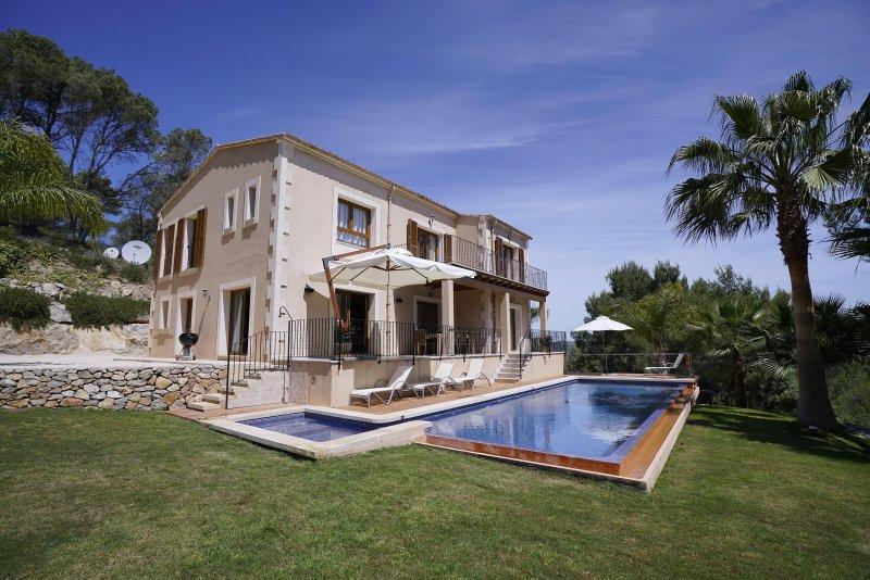 Bou Ros Finca Es Foners, holiday rental in Felanitx