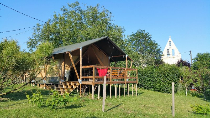 L'écolodge du ruisseau : une parenthèse de charme dans l'arrière pays bordelais, holiday rental in Villenave-de-Rions