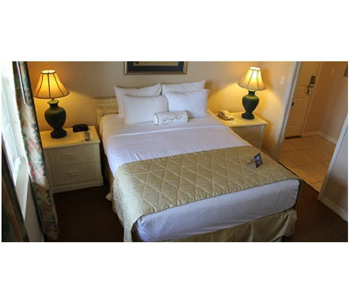 Orlando Vacation Rental 2BR Resort Condo Sleeps 8 Near