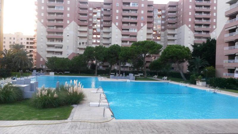 APART. PLAYA CANET. BONITAS VISTAS DE LA PLAYA MAR, aluguéis de temporada em Almenara