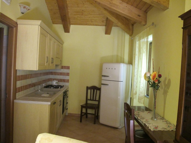 Primula Gialla 1, vacation rental in Novi Velia