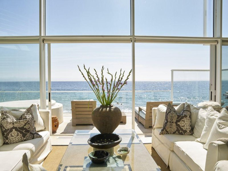 Spectacular Very Large Malibu Beach Ocean Front 2 Condominium Units, location de vacances à Malibu