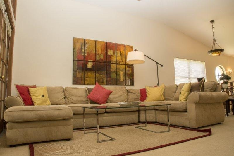 2971CGC. Elegant 3 Bed 2 Bath Town Home in Ventura Country Club, holiday rental in Union Park
