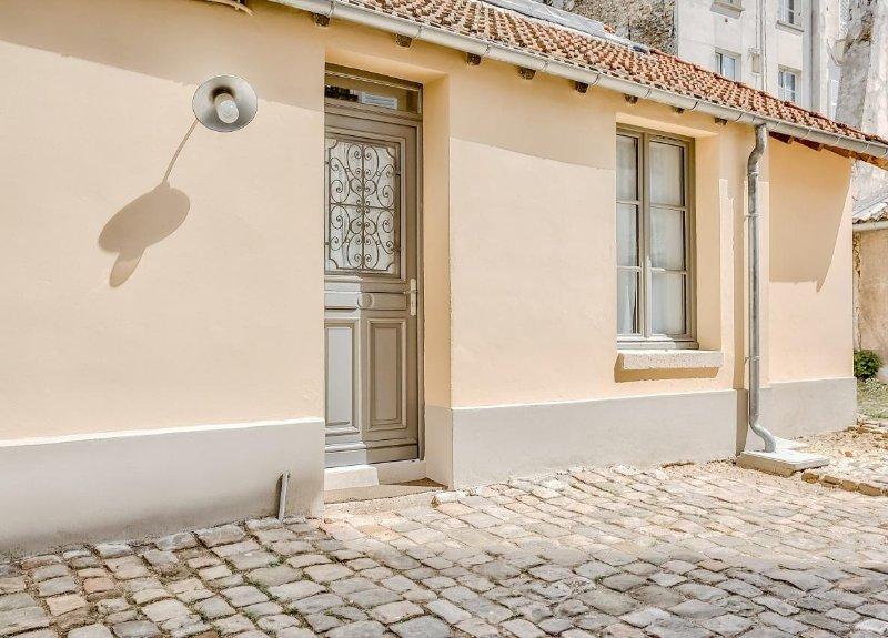 Le Petit Pavillon de Versailles, appartement-maisonnette de charme, location de vacances à Versailles