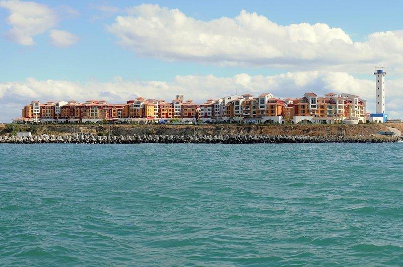 Beach & amp; Studio piscina a Marina del Capo - Fronte della proprietà dal mare