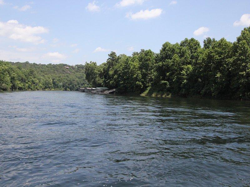 Outdoors,River,Water,Lake,Vegetation