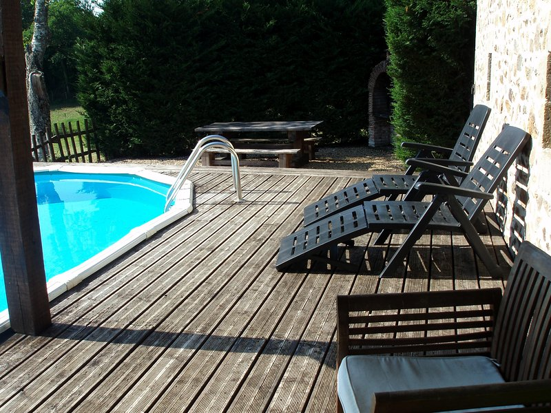 Pool 7.3m x 3.73m decking and bbq area