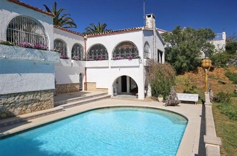 Villa Andaluz, holiday rental in Roses