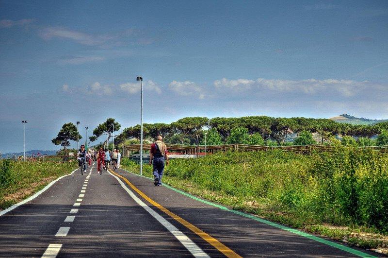 piste cyclable le long de la mer