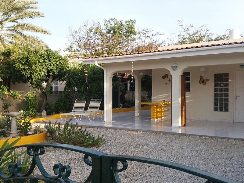 Spacious affordable accommodation in self-catering bungalows in a quiet tropical setting, 5 minutes