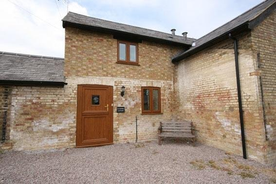 Ford End Farm - Watermill Cottage, holiday rental in Weedon