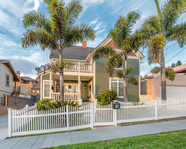 Charming Victorian in the heart of Bankers Hill
