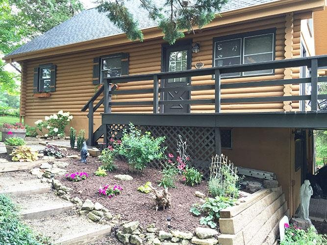 Serenity Cabins - Rustic, modern cabin w/fireplace, pool table & wifi, holiday rental in Apple River