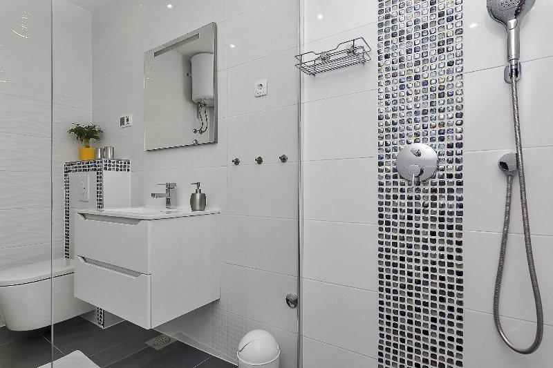 Citrus (3+1): bathroom with toilet