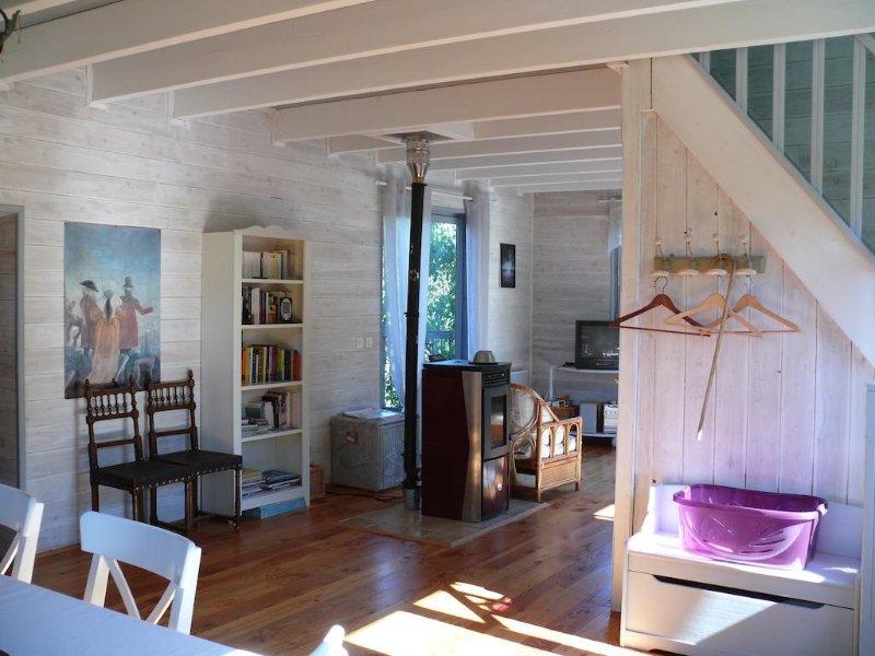 Gîte de la Colombière en Morvan, un lieu magnifique de ressourcement !, vacation rental in Saint-Didier-sur-Arroux