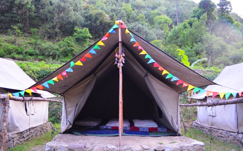 Escape Tribal Camps, Chakrata, location de vacances à Chakrata