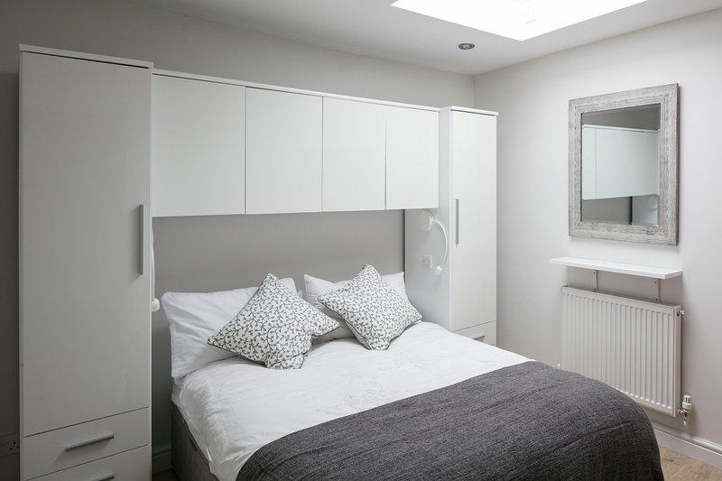 HD Smart TV in Bedroom