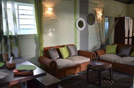 Belle maison créole entièrement indépendante située  à Beau-Vallon Mahebourg, location de vacances à Camp Diable