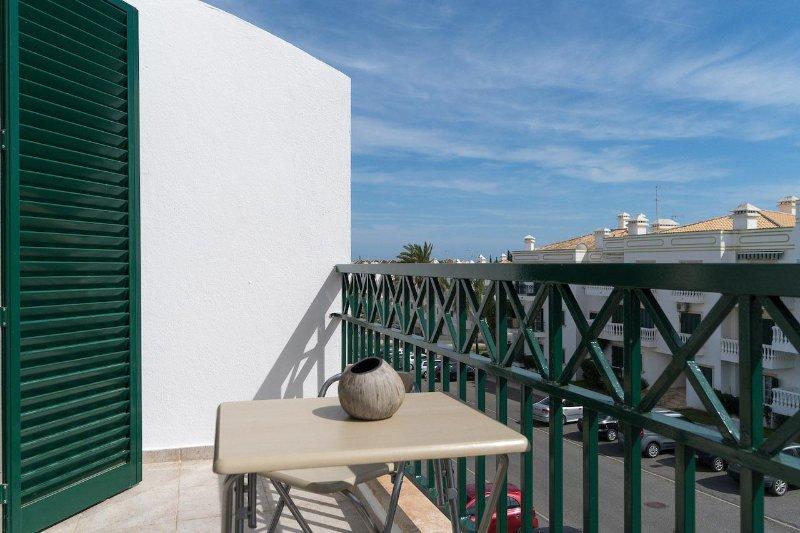 Jare Apartment, Tavira, Algarve, holiday rental in Conceicao